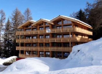 Thumbnail 5 bed apartment for sale in Ski-In Ski-Out Apartments, Veysonnaz, Valais