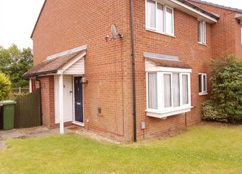 Thumbnail 1 bed town house to rent in Spurcroft, Luton