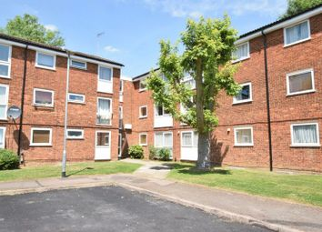 Thumbnail 2 bed flat for sale in Chenies Court, Hemel Hempstead