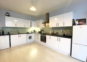 Thumbnail 2 bed flat to rent in High Street, Teddington