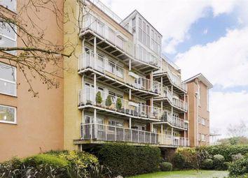 2 bed flat for sale in Manor Road, Teddington TW11