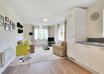 Thumbnail Flat for sale in Clover Court, Eden Road, Dunton Green, Sevenoaks