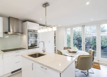3 bed maisonette to rent in Belitha Villas, London N1