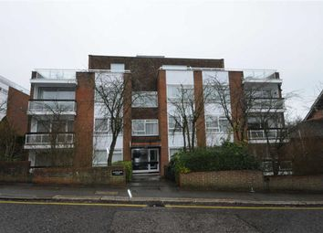Thumbnail 2 bed flat for sale in Baronsmere Court, Barnet, Herts