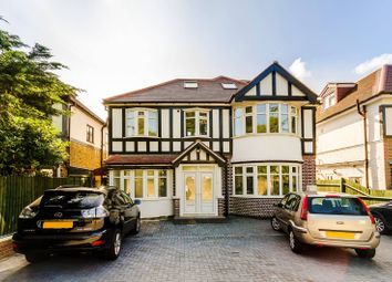 Thumbnail 5 bed flat to rent in Roehampton Vale, Roehampton