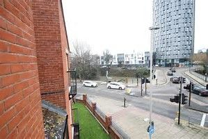 Thumbnail 1 bedroom flat to rent in Coriander Road, Leicester