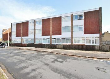 2 bed flat to rent in Parsons Mead, Abingdon OX14