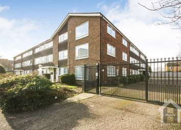 Thumbnail 2 bed flat for sale in Crakers Mead, Watford