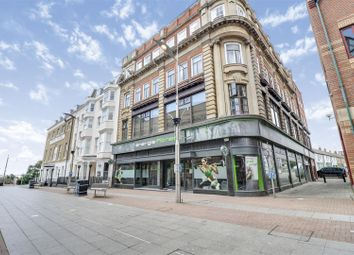 Thumbnail 2 bed flat for sale in Royal Mews, Southend-On-Sea
