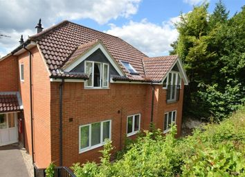 Thumbnail 2 bed flat to rent in Goodearl Court, High Wycombe, Bucks