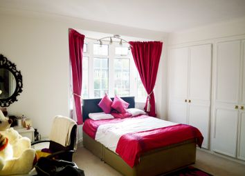 Thumbnail Room to rent in Grove Park Road, London