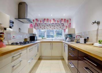 Vicarage Lane, Haslemere, Surrey GU27. 3 bed detached house for sale