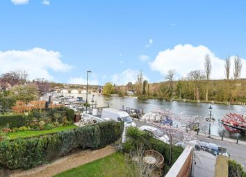 Thumbnail 2 bedroom flat to rent in River Views, Henley