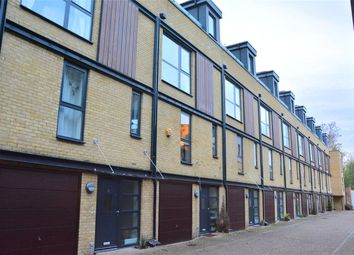 3 bed town house to rent in Chiltonian Mews, London SE13