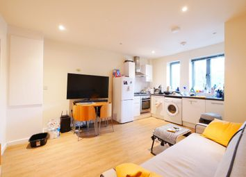 Thumbnail 1 bed flat to rent in Platinum Court, Cephas Avenue, London