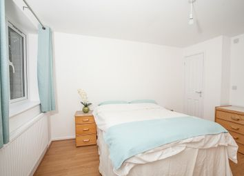 Thumbnail Studio to rent in Fallowfields, Bicester