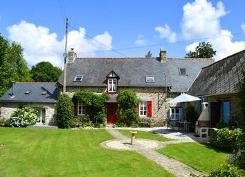 Thumbnail 5 bed property for sale in St-Mayeux, Côtes-D'armor, France