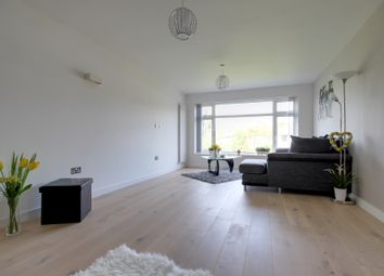 Thumbnail 2 bedroom flat to rent in Eversley Park Road, Winchmore Hill
