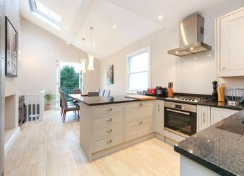 2 bed maisonette to rent in Niton Street, Fulham, London SW6