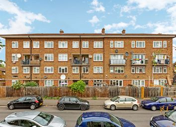 4 bed maisonette to rent in Comet Street, London SE8