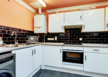 5 bed property to rent in Alnwick Road, Royal Docks, London E16