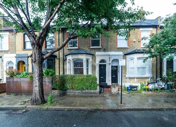 Thumbnail 4 bed terraced house to rent in Daubeney Road, Clapton, Hackney