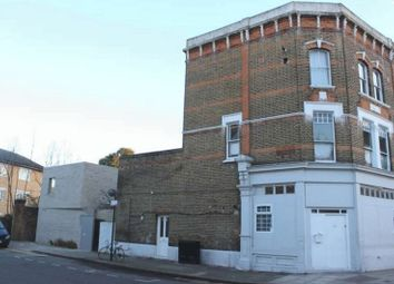 Thumbnail Studio to rent in Clarence Road, London