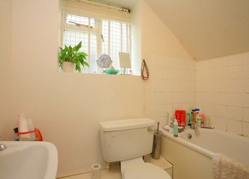 Thumbnail 2 bed flat to rent in Ormeley Road, Balham