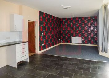 Thumbnail 1 bed flat to rent in Flat 4, Avenue Road