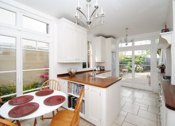 Grove Court, Southbourne Grove, Westcliff-On-Sea SS0. 4 bed semi-detached house