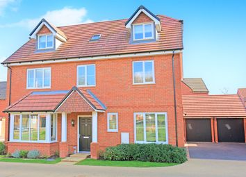 Thumbnail 6 bed detached house for sale in Meadowbrook, Woolton Hill, Newbury