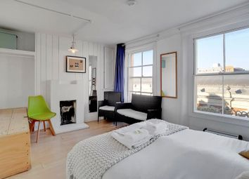 Thumbnail 2 bed flat to rent in Long Lane, Barbican