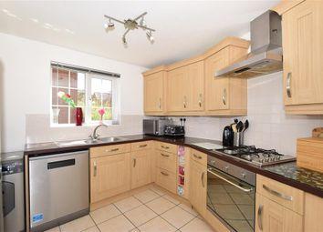 Melcombe Close, Ashford, Kent TN23. 3 bed end terrace house