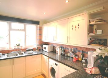 Thumbnail 3 bed flat to rent in Queenstown Road, Clapham