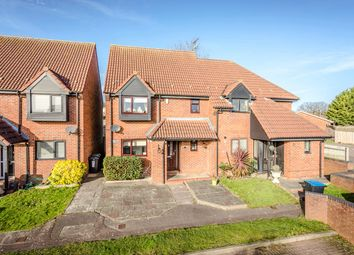 Thumbnail 3 bed semi-detached house for sale in Baylie Court, Hemel Hempstead