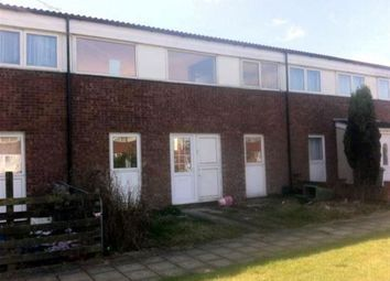 Thumbnail 2 bedroom property to rent in Drovers Croft, Milton Keynes, Bucks