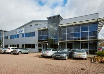 Thumbnail Warehouse to let in Greenham, Newbury