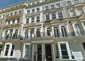 Thumbnail 1 bed flat to rent in De Vere Gardens, Kensington - W8,