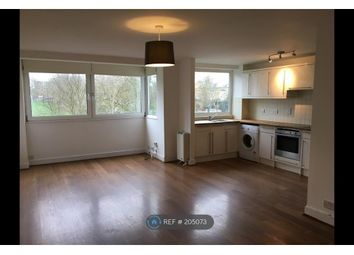 Thumbnail 2 bedroom flat to rent in Broomhill Road, London