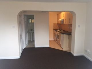 Thumbnail Studio to rent in Maswell Park Road, Hounslow
