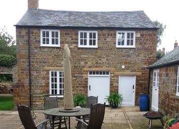 Thumbnail 2 bed cottage to rent in High Street, Lamport, Northampton