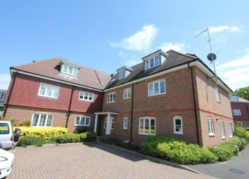 Thumbnail 3 bed flat to rent in Hedgerley Lane, Gerrards Cross