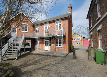 Thumbnail 1 bed flat to rent in Alfredston Place, Wantage