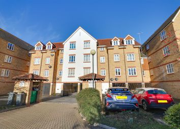 1 bed flat for sale in Highgrove Mews, Grays RM17