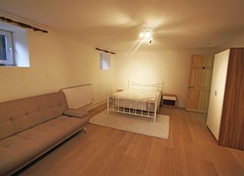 Thumbnail Room to rent in York Road, Southend, Essex