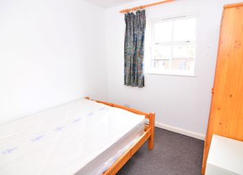 Thumbnail Room to rent in Montgomery Lodge, London