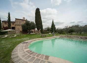 Thumbnail Hotel/guest house for sale in Il Convento, Volterra, Pisa, Tuscany, Italy