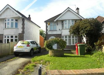 Thumbnail 3 bed detached house to rent in Langley Road, Langley, Slough