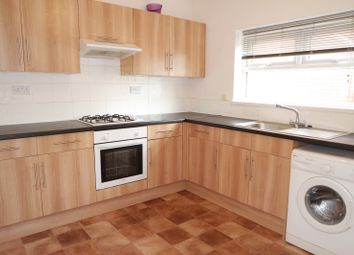 Thumbnail 2 bedroom flat to rent in Chilwell Road, Beeston