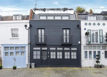 Thumbnail 3 bedroom town house to rent in St. Lukes Mews W11,